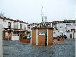 Casa adosada en venta en calle De Las Virgenes, Dos Hermanas
