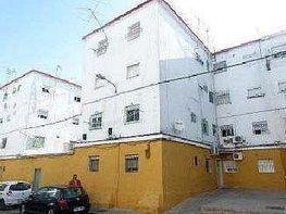Piso en venta en calle Candelas, Cerro - Amate en Sevilla