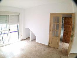 Casa adosada en venta en Olivares