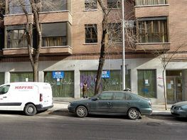 Local commercial de location à calle Muñoz Grandes, Vista Alegre à Madrid - 376317235
