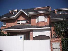 Casa adosada en alquiler en calle Antonio Larrazabal, Piovera-Conde Orgaz en Madrid - 332697527