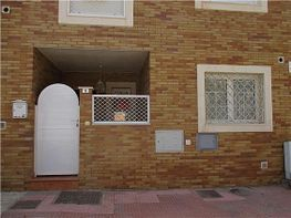 Casa adosada en alquiler en Aguadulce