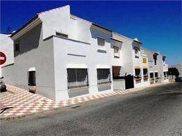 Casa adosada en venta en calle Juan Antonio Samaranch, Villanueva del Ariscal - 203958673
