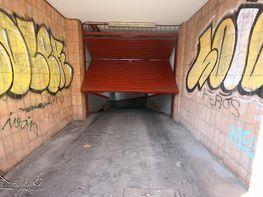 Garage in verkauf in calle Maragall, El Guinardó in Barcelona - 241440912