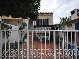 Casa adosada en venta en calle Barcelona, Miami platja - Miami playa