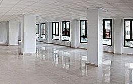 Büro in miete in Mestalla in Valencia - 262125129