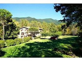 Finca rústica en venda Vall de Bianya, la - 279471880