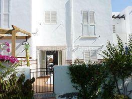 Casa adosada en venta en Urb. El Palmeral en Mojácar