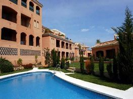 Ático en alquiler en Nueva Andalucía-Centro en Marbella