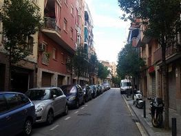 Bâtiment de vente à calle Aprestadora, Santa Eulàlia à Hospitalet de Llobregat, L´ - 215147056