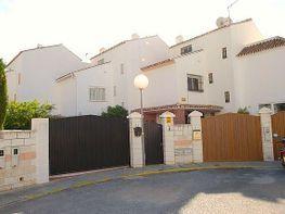 Casa adosada en alquiler en calle Topacio, Arroyo de la Miel en Benalmádena