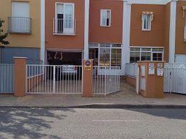 Chalet en venta en calle Los Enebros, Alovera
