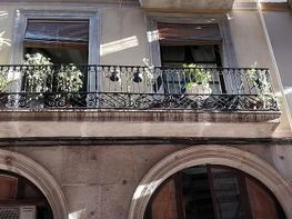 Piso en venta en calle Tallers, El Raval en Barcelona
