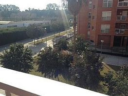 Piso en alquiler en calle Cueva del Gato, Entrepuentes en Sevilla