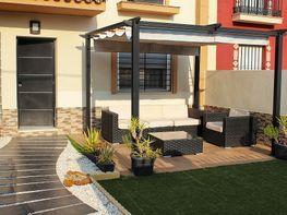 Casa adosada en venta en calle Manuel de Falla, Urb. Entrecaminos en Bollullos d
