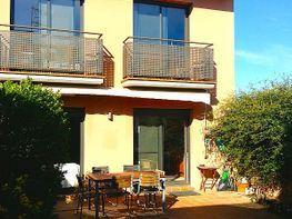 casa pareada en venta en calle vint i tres, cabanyes, les
