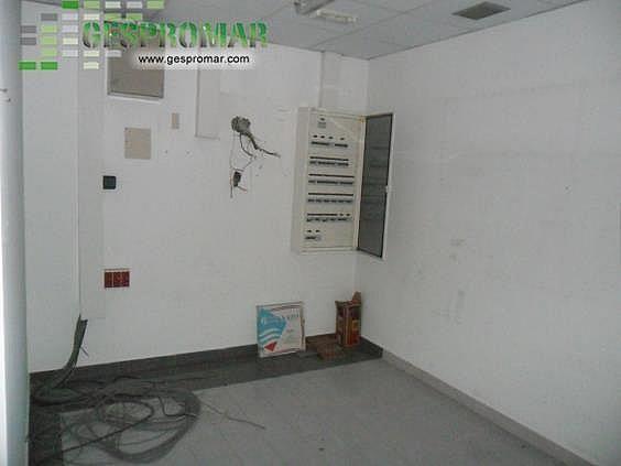 Local en alquiler en calle Sanchorreja, Lucero en Madrid - 330023512