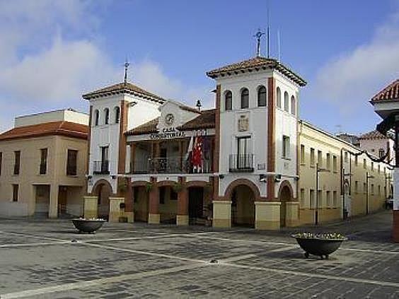 Local en alquiler en Pinto - 205324422
