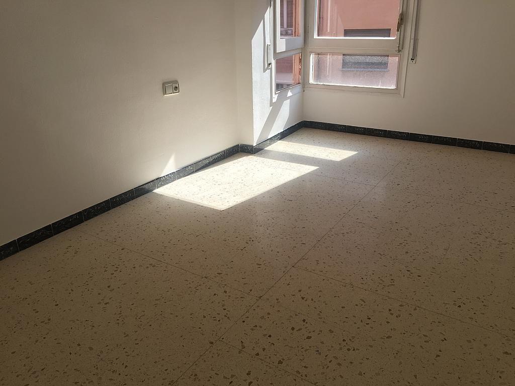Piso en alquiler en calle Joan XXIII, Centre Vila en Vilafranca del Penedès - 323897419