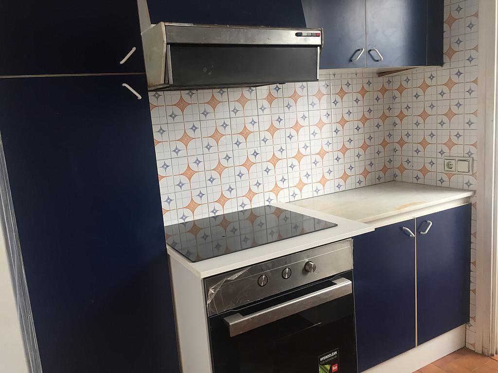 Piso en alquiler en calle Joan XXIII, Centre Vila en Vilafranca del Penedès - 323897426