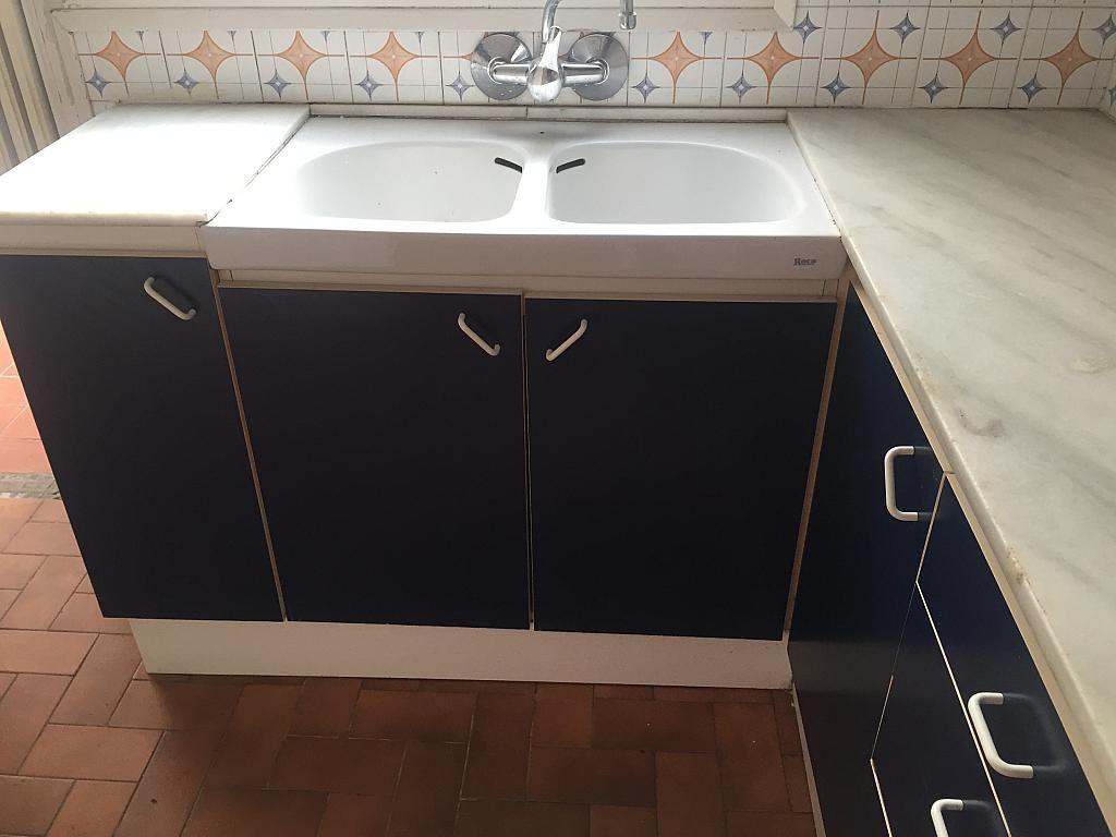 Piso en alquiler en calle Joan XXIII, Centre Vila en Vilafranca del Penedès - 323897436