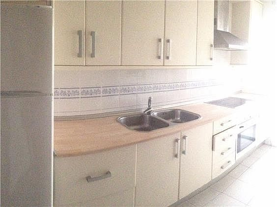 Piso en alquiler en calle Rafael Zamora, Gelves - 290686137