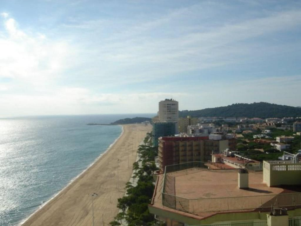 Apartamento en alquiler de temporada en calle costa brava platja llarga en castell platja d aro - Pisos alquiler platja d aro ...