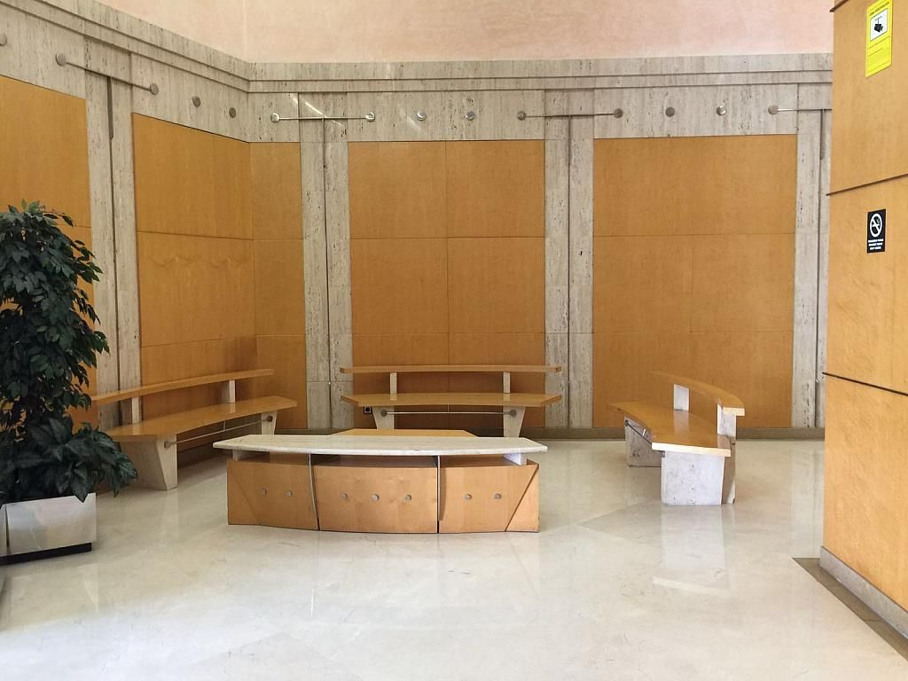 Vestíbulo - Oficina en alquiler en calle Tarragona, Eixample esquerra en Barcelona - 323038295