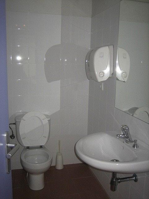 Baño - Oficina en alquiler en calle Gran Vía, El Parc i la Llacuna en Barcelona - 323902119