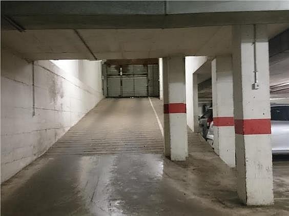 Parking en alquiler en calle Paisos Catalans, Santa Eugenia en Girona - 331973847