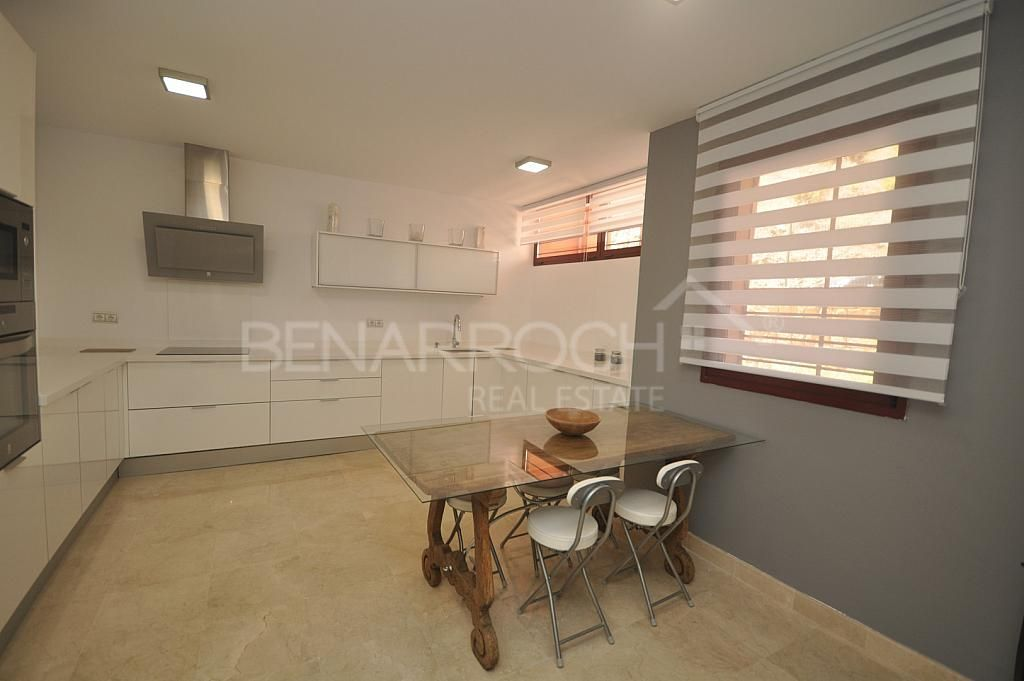 Casa pareada en alquiler en Benahavís - 310005411