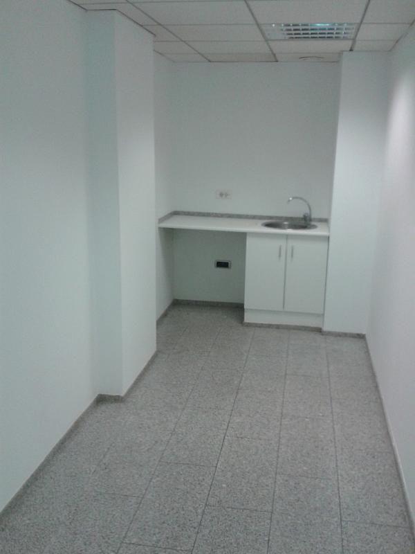 Local comercial en alquiler en calle Barón de Cárcer, El Mercat en Valencia - 236039475