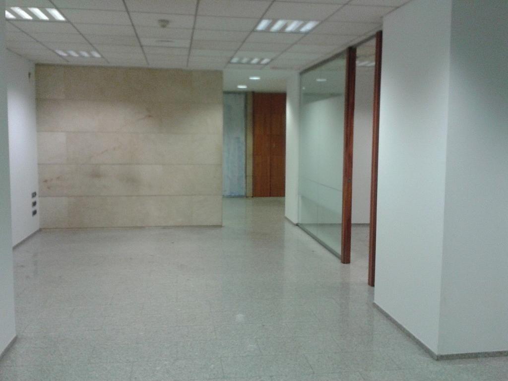 Local comercial en alquiler en calle Barón de Cárcer, El Mercat en Valencia - 236039568
