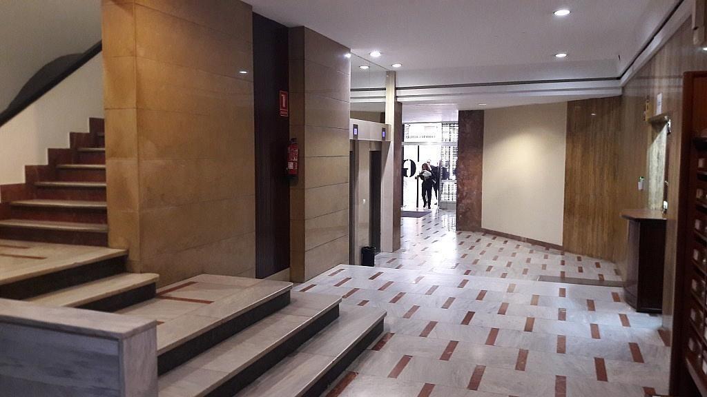 Local comercial en alquiler en calle Barón de Cárcer, El Mercat en Valencia - 415853090