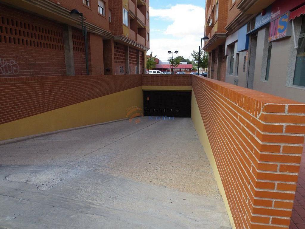 Foto 1 - Garaje en alquiler en calle Sociedad de Cazadores Bloq Edif Mirasierra, Santo Angel - 330333033
