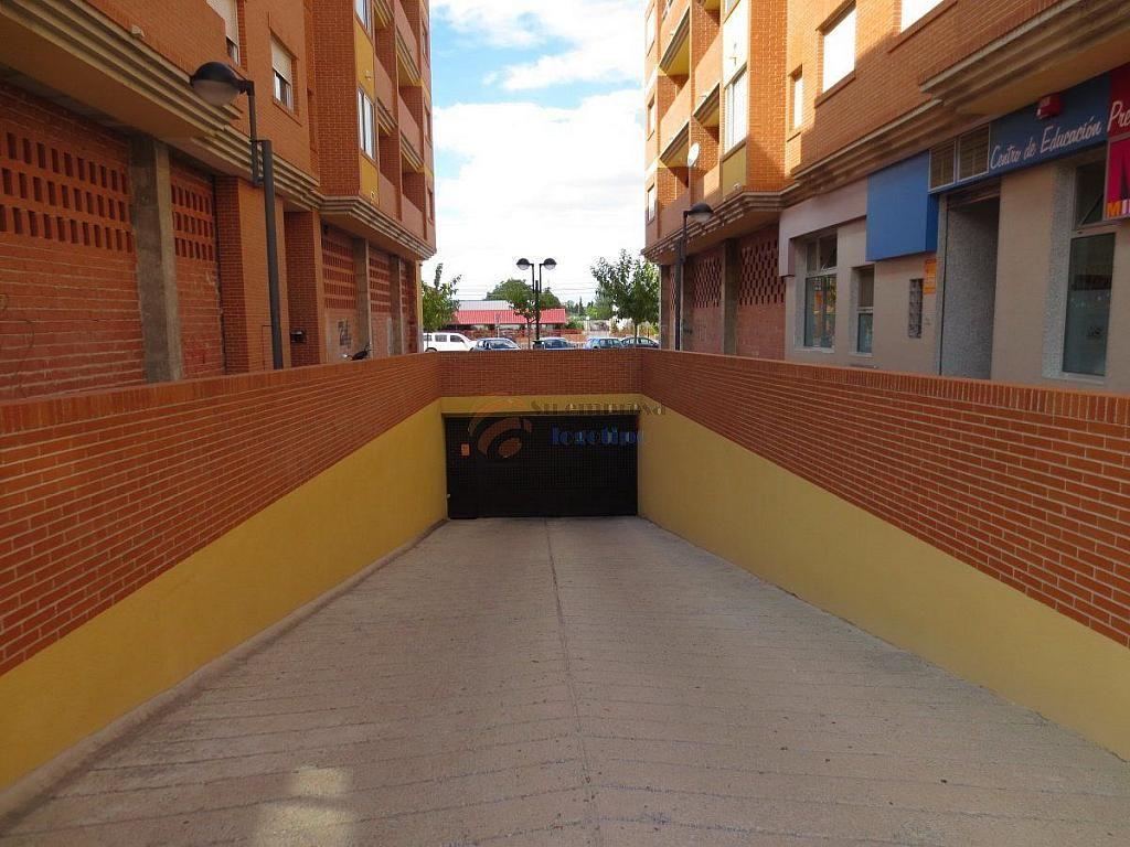 Foto 4 - Garaje en alquiler en calle Sociedad de Cazadores Bloq Edif Mirasierra, Santo Angel - 330333042