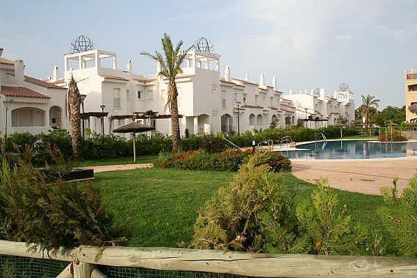 Chalet en alquiler de temporada en calle Reina Sofía, Costa Ballena en Rota - 128603821