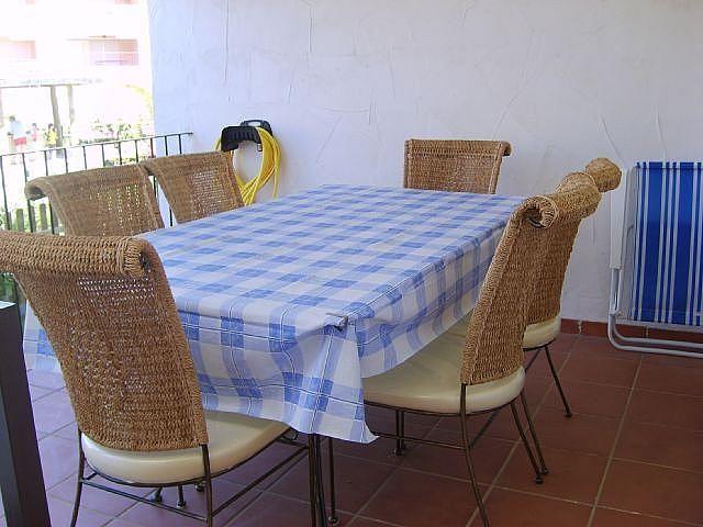 Chalet en alquiler de temporada en calle Reina Sofía, Costa Ballena en Rota - 128603826