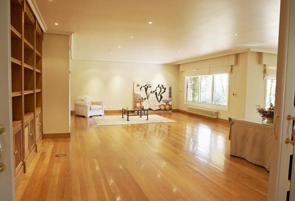 Casa en alquiler en Teo - 355316759