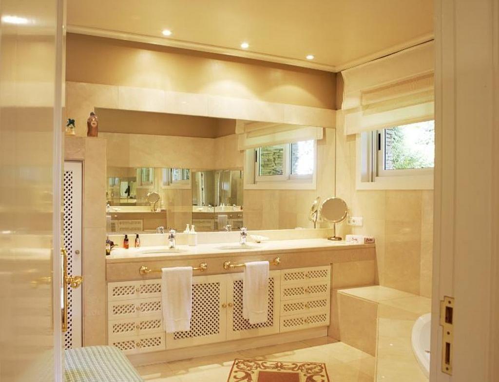 Casa en alquiler en Teo - 355316780