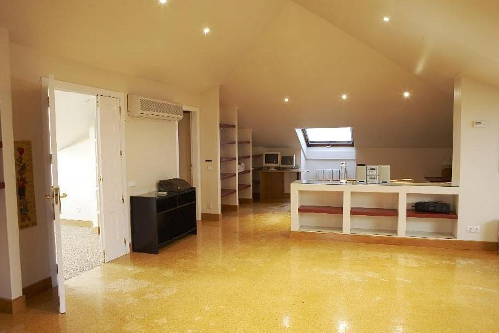 Casa en alquiler en Teo - 355316795