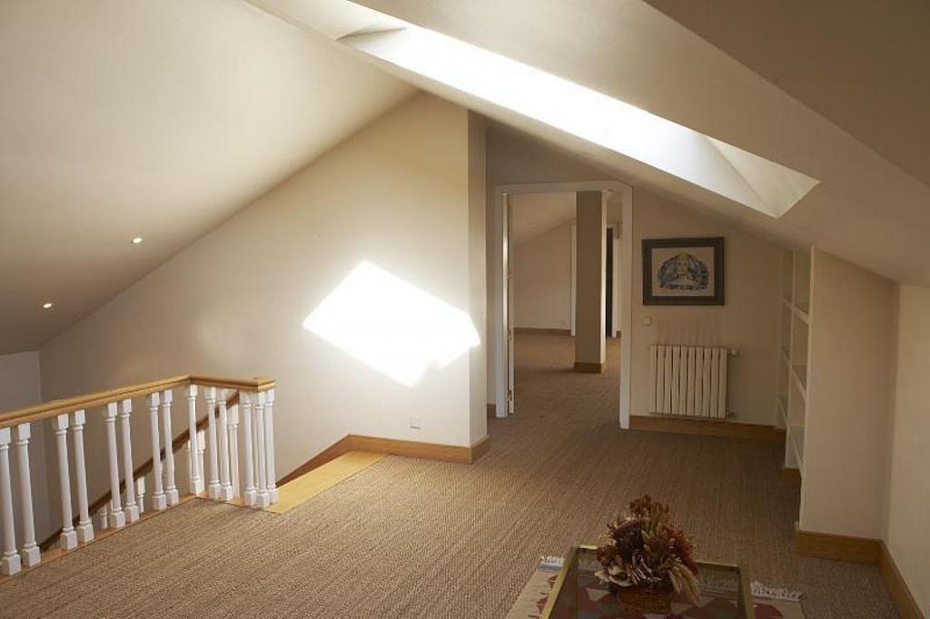 Casa en alquiler en Teo - 355316798
