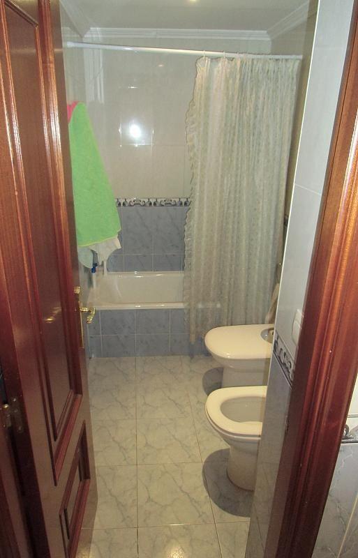 Baño - Piso en alquiler en calle Coruña, Bouzas-Coia en Vigo - 279724204