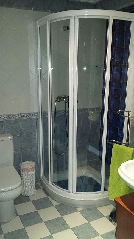 Baño - Chalet en alquiler opción compra en calle Maria Montessori, Centro en Fuenlabrada - 255627255