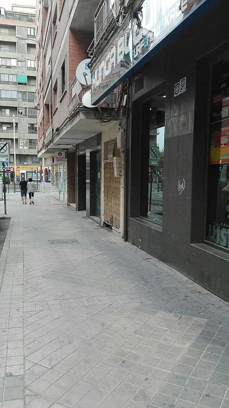 Local comercial en alquiler en calle Emperatriz Eugenia, Ronda en Granada - 385239581