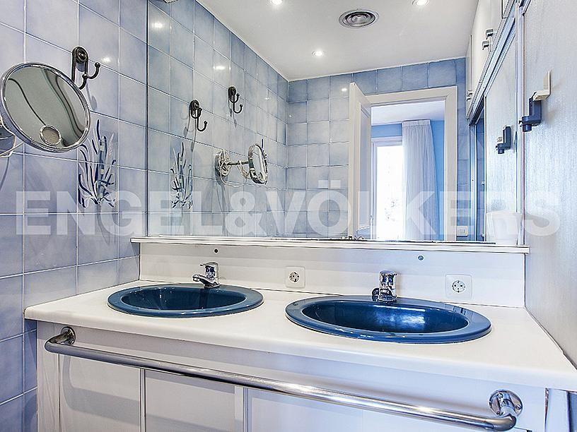 Baño - Apartamento en venta en Centre poble en Sitges - 281470585