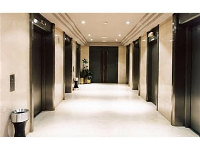 Oficina en alquiler en plaza De la Lealtad, Jerónimos en Madrid - 404961857