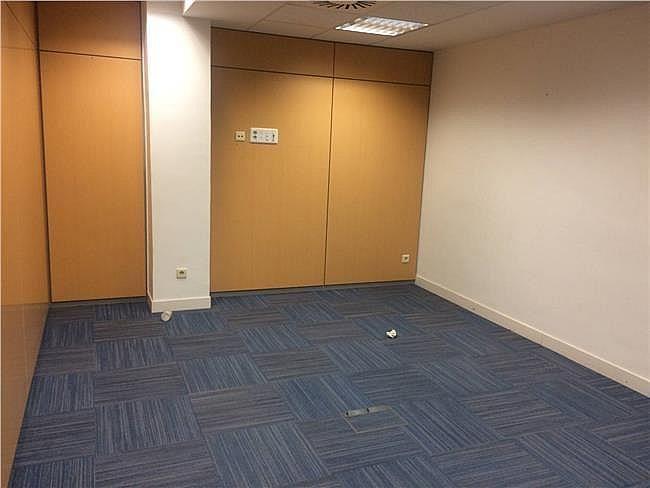 Oficina en alquiler en calle Gobelas, Moncloa-Aravaca en Madrid - 330354050