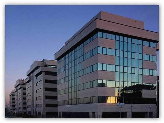 Oficina en alquiler en Barajas en Madrid - 404956226