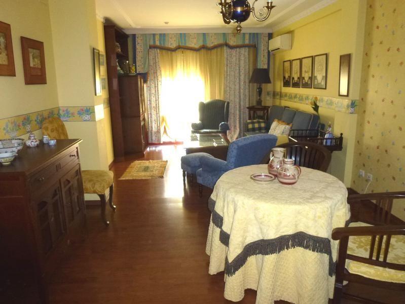 Salón - Piso en alquiler en calle San Sebastian, Zona Centro en Huelva - 90321666